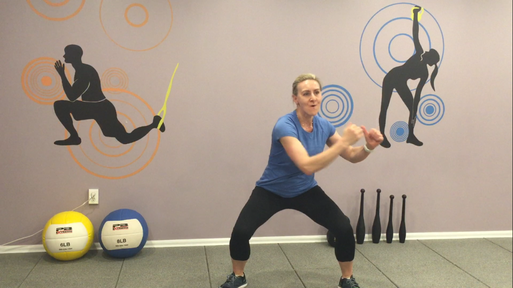 5Squat and side twist from side to side 1