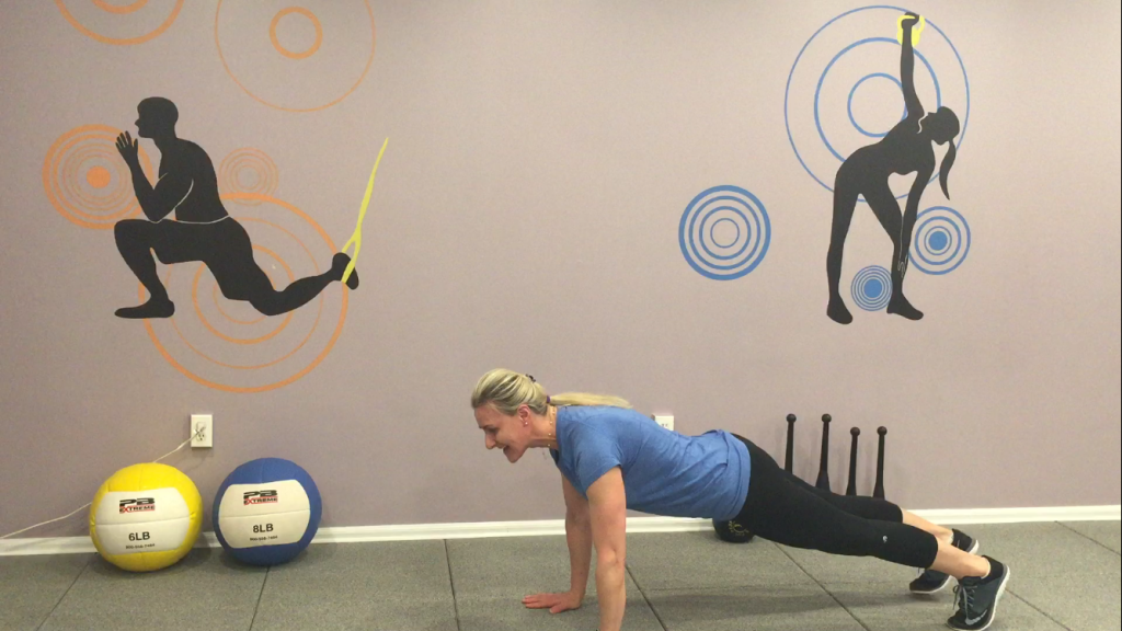 7Plank with alternate arms and forearms 2