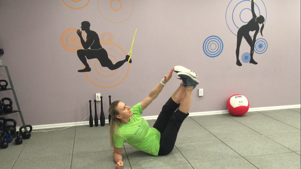 4. Side Legs Lift and Crunch
